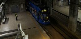 Tunel szybkiego tramwaju pod Politechniką tonie w ciemnościach