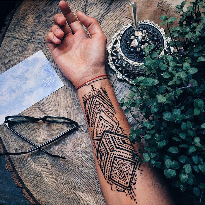 Nowy Trend Menna Czyli Tatuaże Z Henny Dla Mężczyzn