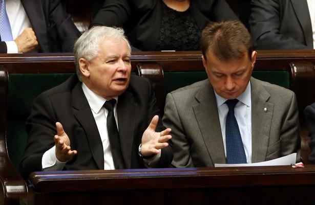 Jarosław Kaczyński i Mariusz Błaszczak PAP/Tomasz Gzell