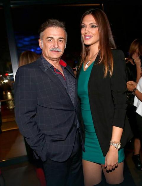 Svi znate da je Branislav Lečić bio u braku sa Ninom Radulović, ali ovo je njegova prva supruga Ivana koja je prava LEPOTICA!