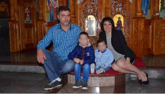 Irena Vesović sa suprugom i decom