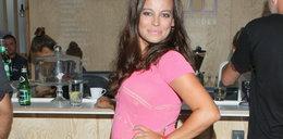Anna Mucha z ciążowym brzuszkiem