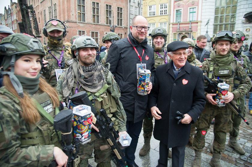 Te zdjęcia mówią wiele. Tak Polska przeżywa śmierć prezydenta Adamowicza