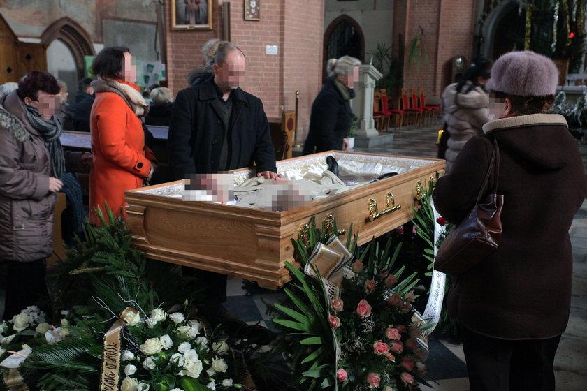 Pogrzeb Michała F. oraz jego 8-letniego syna