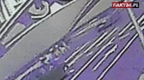 Straszne. Tak wyglądało brutalne popchnięcie rowerzystki w Zielonej Górze. Policja szuka bandytów