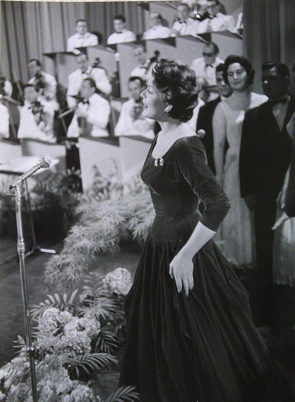Lis Asija 1956.