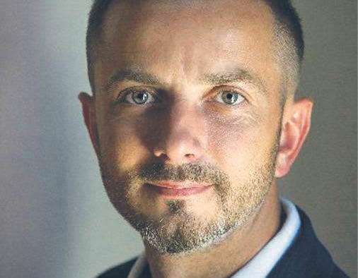 """Tomasz Rożek fizyk medyczny, dziennikarz, autor książek popularnonaukowych, prowadzi na YouTubie kanał """"Nauka. To lubię"""""""