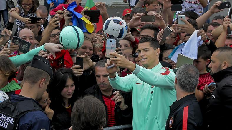 Cristiano Ronaldo i kibice reprezentacji Portugalii