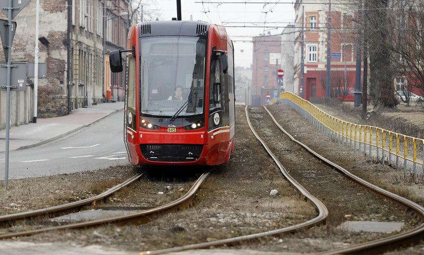 Katowice. Tramwaje Śląskie nie mają pieniędzy na dokończenie torowiska przy Obrońców Westerplatte
