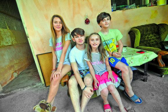 Prikupljamo pomoć za četvoro Ibralića, od kojih su troje dece teško bolesni