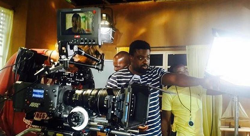 Kunle Afolayan at work on the set of The CEO