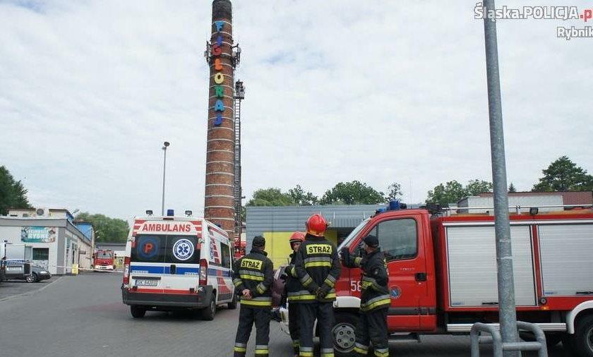 Rybnik. Ulica Marii Curie-Skłodowskiej. 33-latek wszedł na komin