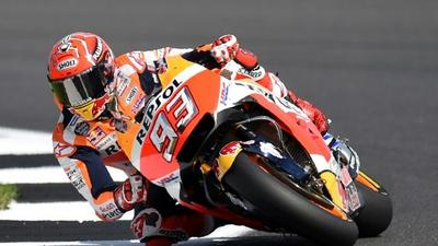 Marquez breaks the barrier for British pole