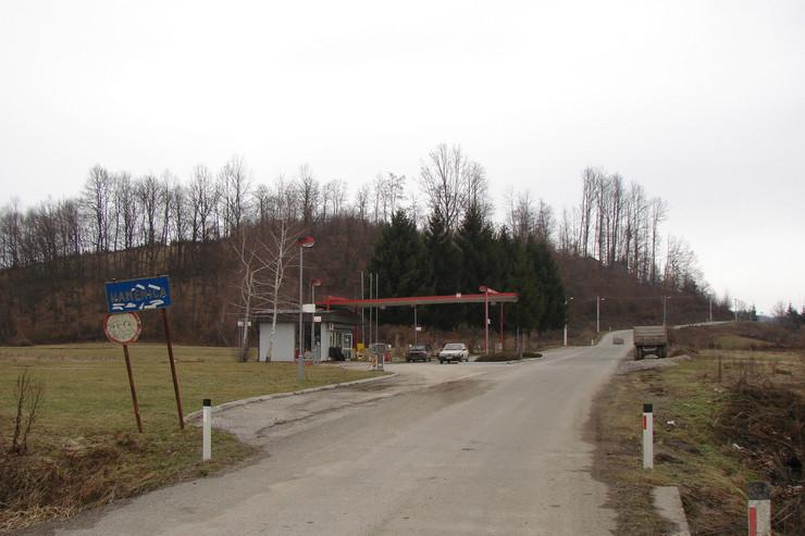 Valjevska Kamenica ulaz u selo foto Predrag Vujanac