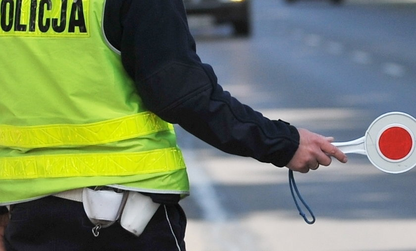 kontrola drogowa policjantów