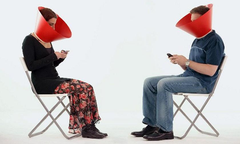 Coca Cola walczy z uzależnieniem od telefonu