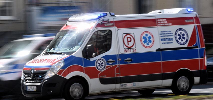 """Wezwała ratowników do """"poważnie rannego domownika"""". Pędzili na sygnale, a na miejscu... szok!"""