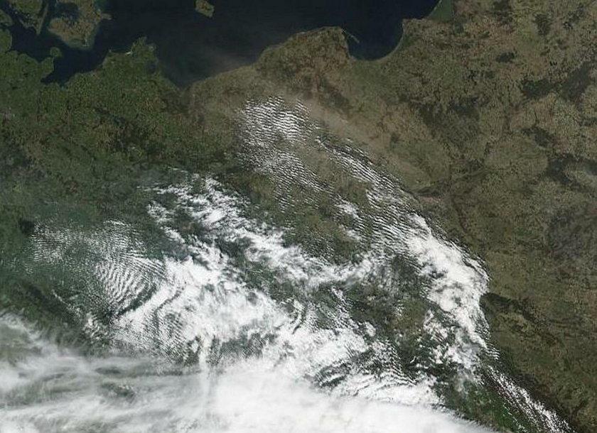 Burze piaskowe w Polsce widoczne na zdjęciach NASA