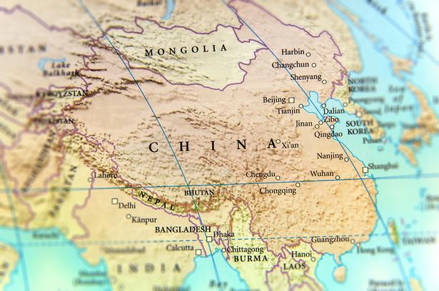 Szczególnie psy wciąż są spożywane w Chinach i niektórych krajach Azji. Jedzenie kotów jest rzadsze, ale również się zdarza
