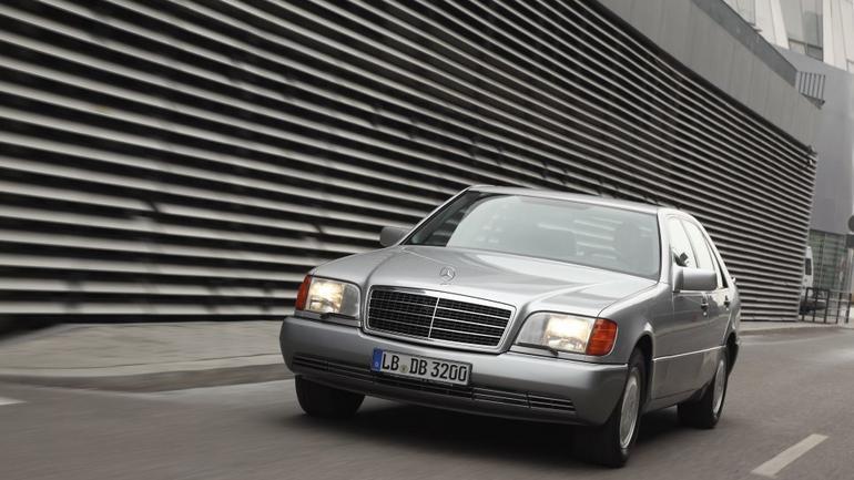 Twierdza na kołach, czyli Mercedes W140