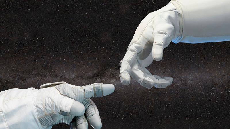 """Astronauci doznają w kosmosie """"dotyku Stwórcy"""". Co na to uczeni?"""