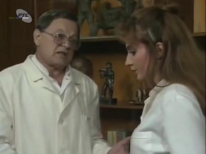 """Cela Srbija ga je gledala u """"Srećnim ljudima"""": A niko ne zna da je ova mlada pevačica NJEGOVA UNUKA"""