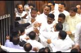 AP_Sri_Lanka_parlament_masovna_tuca_vesti_blic_unsafe