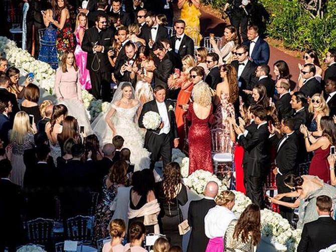Piksijeva ćerka se sutra TREĆI PUT UDAJE, a ovako su izgledala njena prethodna dva venčanja