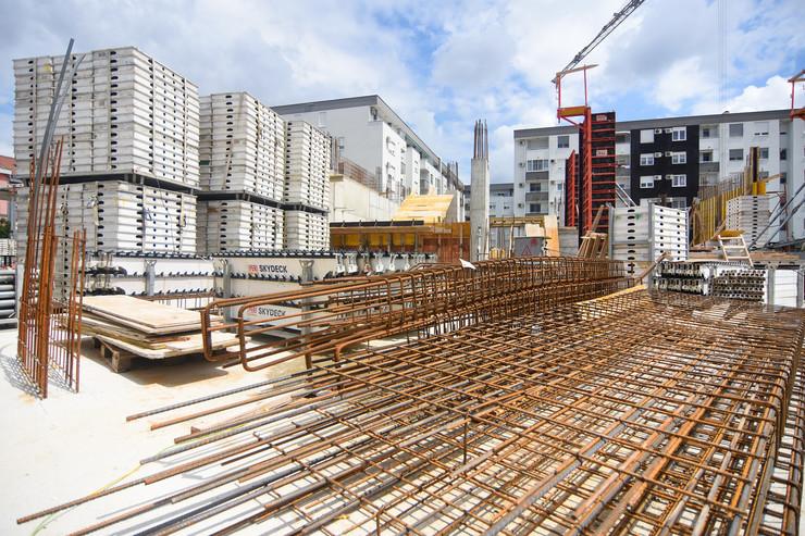 Novi Sad Bobar gradnja gradiliste radnici gradjevina