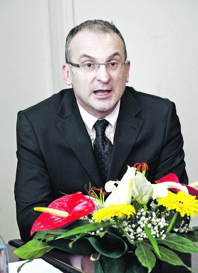 Prof. dr Aleksandar Vuksanović, specijalista urologije sa Klinike za urologiju KCS
