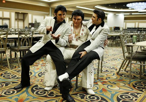 Tri Elvisa na jednom mestu. Danijel Dženkins, Tajler Džejms i Džejkob Roman