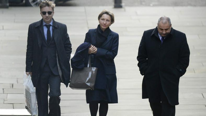 Marina Litwinenko w drodze na przesłuchanie