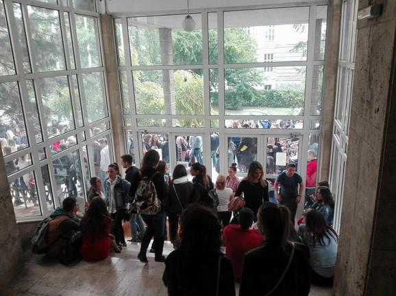 Akademci čekaju ishod razgovora sa dekanom