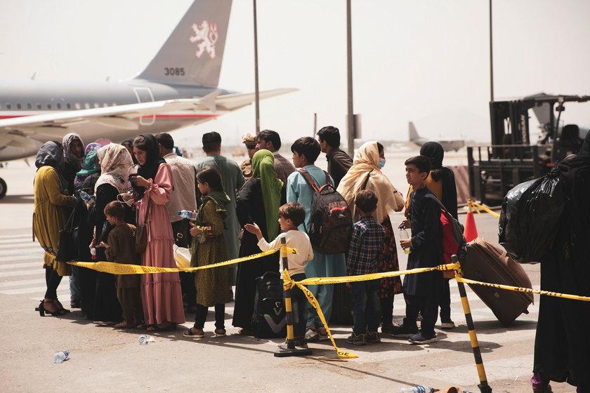 Holandia. Protest przeciwko przyjęciu uchodźców z Afganistanu