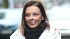 """Katarzyna Glinka w delikatnym makijażu pod studiem """"Dzień dobry TVN"""""""