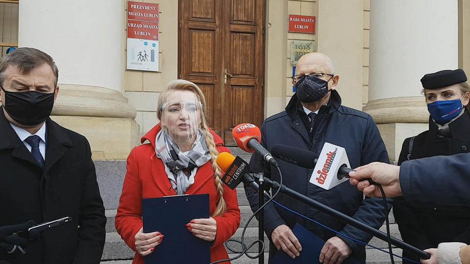 Politycy PO protestują przeciwko zawetowaniu budżetu UE