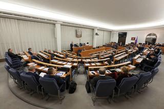 Senat jednogłośnie przyjął uchwałę w setną rocznicę Zaślubin Polski z Morzem