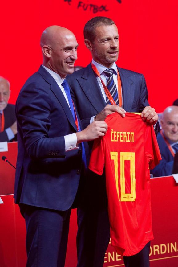 Luis Manuel Rubijales i predsednik UEFA Aleksandar Čeferin