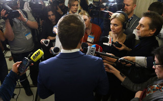Bochenek: Szanujemy decyzję KE, ale przymusowa relokacja nie jest dobrym rozwiązaniem kryzysu migracyjnego