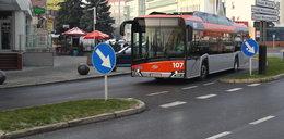 Kierowca zasłabł w autobusie. W środku nie było klimatyzacji