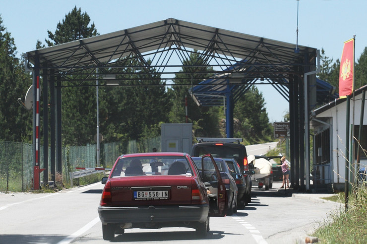 Crna Gora, granica, granični prelaz