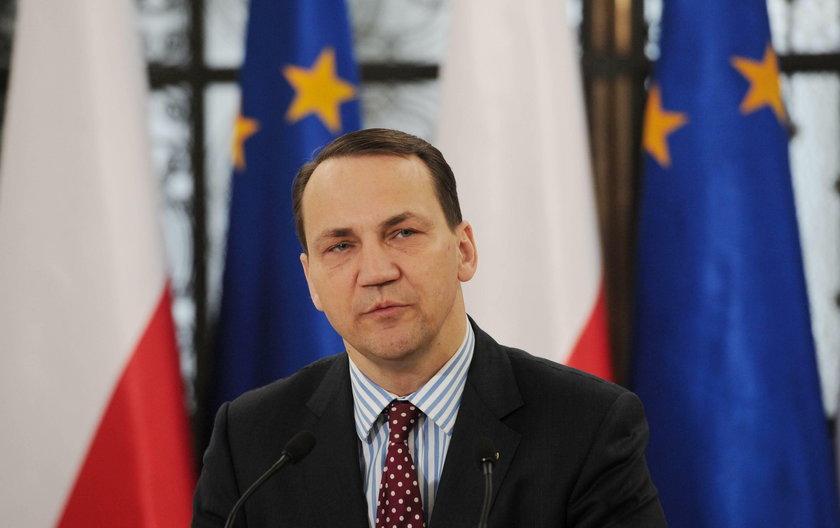Sikorski pozwał Kaczyńskiego