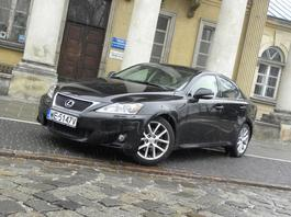Lexus IS 250: nadal w formie?