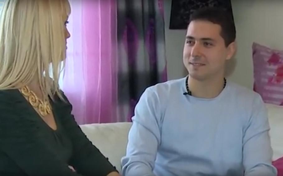 Miki Dudić u stanu svoje majke Zlate Petrović