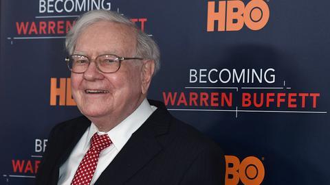 Jak to jest być bogatym? Odpowiedź Warrena Buffetta daje do myślenia