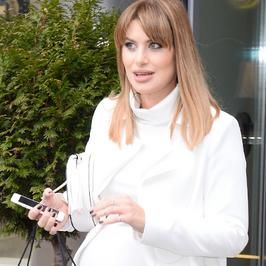 Aleksandra Kisio zaliczyła pierwszą imprezę w ciąży. Widać ciążowe krągłości?