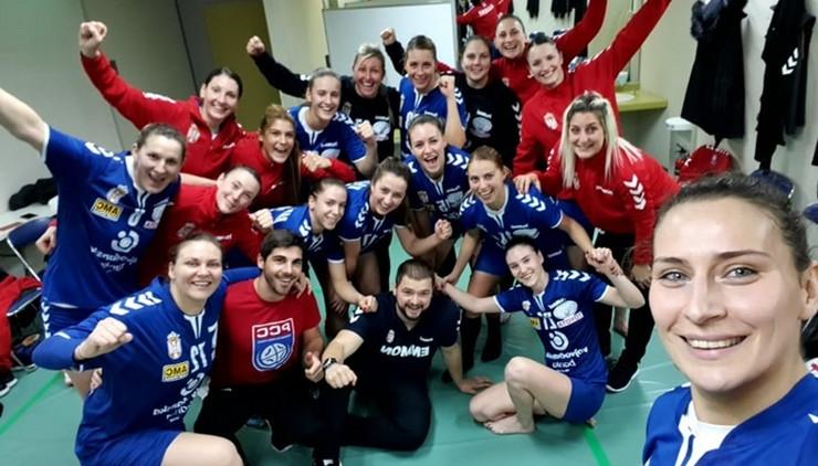 Rukometašice Srbije slave pobedu nad Kubom