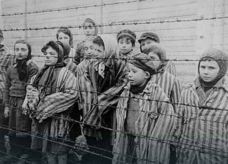 Deca u Aušvicu