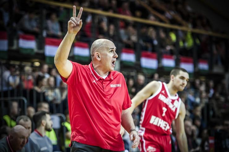 Košarkaška reprezentacija Mađarske, Košarkaška reprezentacija Hrvatske