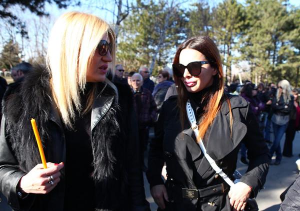 Jovana Tipšin i Sonja Vuksanović